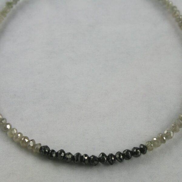 dia armband silberweiss schw 2 600x600 - Diamant Armband in silber-weiß/schwarz, 8.70ct.
