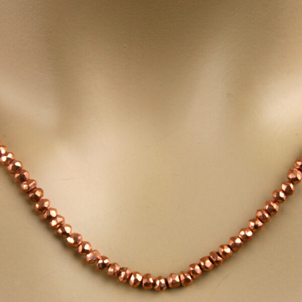 pyrit kette bronze 3 600x600 - Pyrit Kette - Collier in rotgold, 52,50ct.