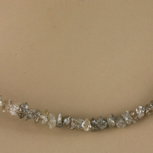 rohdia champ 5 600x600 - Rohdiamant Kette - Collier in champagner, 21 ct.